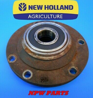 New Holland Hm236 Disc Mower Gear Support 87359010 87359022 87365334