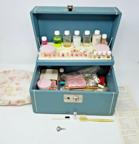 Antique Studio Girl Cosmetics Sales Sample Kit Makeup - WOW RARE