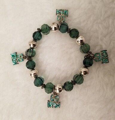 (Juniors Womens Go Irish Bead Bracelet Stretchy Silver Green Black)