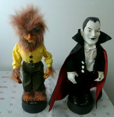 2 Vintage Telco Motionette  Wolf Man / Dracula Halloween Universal Studios 1992