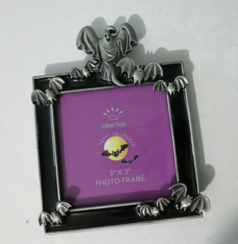 """NEW Halloween Enamel & Pewter Ghost Frame by SUNFLOWER DESIGNS -  3"""" x 3"""" Photo"""