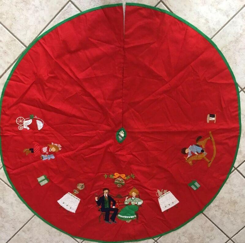 """Vintage House Of Hatten Christmas Tree Skirt Applique 54"""" Diameter"""