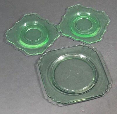 Plate Set Of 3 Vintage Green Uranium Vaseline Glass Square Patterned Corners GUC