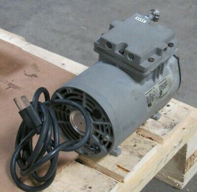Thomas Vacuum Pump Model 607ca22-59d 115v 3.5a