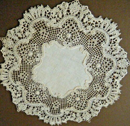 Edwardian doily extra fine Saxony Schiffli lace with linen center design