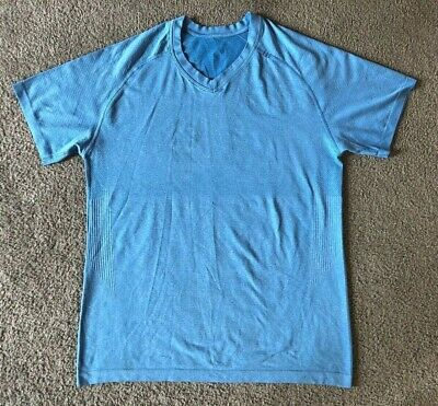 Lululemon Men's Blue V-Neck Athletic Stretch T-Shirt - Size Medium