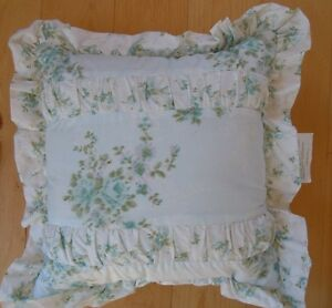 SIMPLY SHABBY CHIC BLUE FORAL COTTAGE COUNTRY ROSES NWOT NEW THROW PILLOW eBay