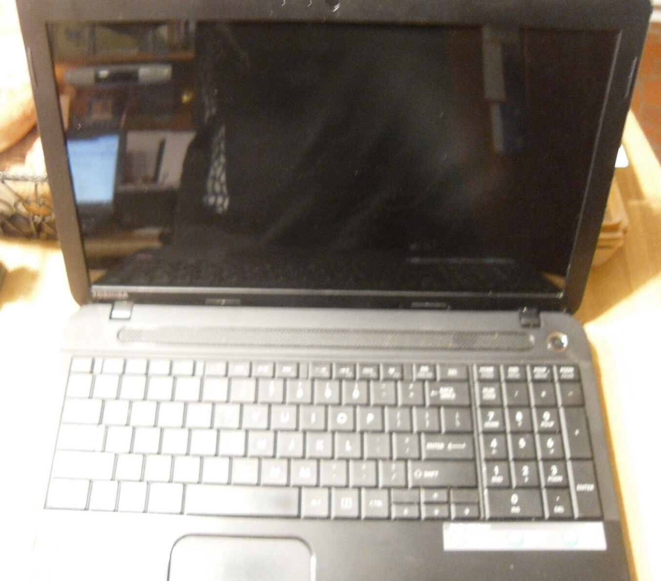 Toshiba Satellite C55-A5145 laptop AS IS for PARTS/REPAIR only-reduced 5%