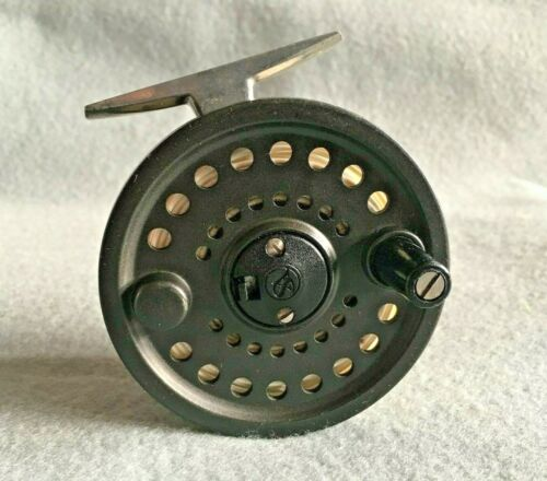 SCIENTIFIC ANGLERS SYSTEM 1 , 678 , WIDE DRUM ALLOY FLY REEL & HARDY LINE
