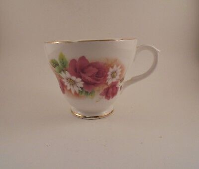 - Duchess Bone China Footed Cup Stella Pattern Pink Roses White Daisies