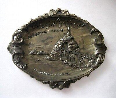 Altes Reise-Andenken Biarritz Zinkspritzguss Reiseandenken Wandbild oval 15 cm