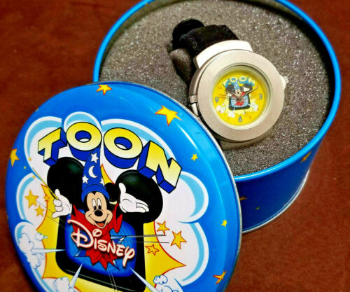 Vintage Toon Disney 3D Pop-Up Watch Mickey Mouse Sorcerer Leather Band Tin Case