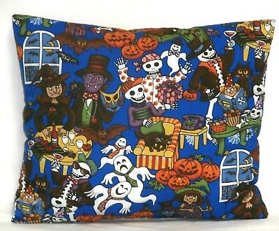 Babies On Halloween (Toddler Pillow Halloween Pumpkins&Ghost on Blue Cotton HA24-6 New)