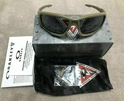 Oakley SI Ballistic Shocktube OO9329-04 Terrain Tan / Grey (Sunglasses Tan)