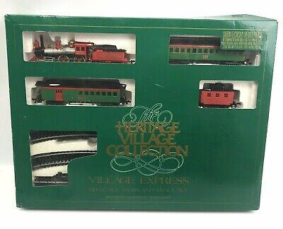 Dept. 56 Heritage Village Express HO Scale Train and Track Set, Christmas Set