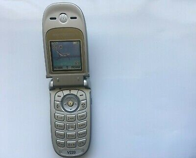 MOTOROLA V220 PHONE FLIP CAMERA PHONE *SIMPLE TO USE*