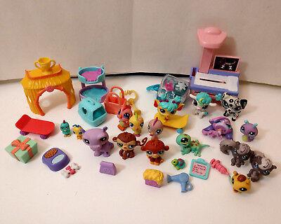 Lot of LPS Littlest Pet Shop Figures & Accessories Xray machine birds skunks