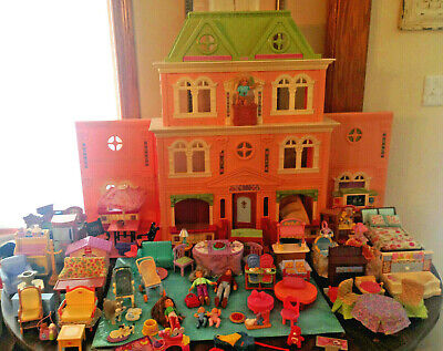 FISHER PRICE LOVING FAMILY GRAND MANSION DOLL HOUSE LOT 85pcs FURNITURE PEOPLE