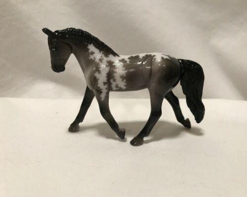 Breyer Stablemates CM Custom Etched Glossy Trotting Warmblood