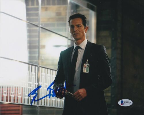 BENJAMIN BRATT SIGNED 8X10 PHOTO LAW ORDER 24 BECKETT BAS AUTOGRAPH AUTO COA C