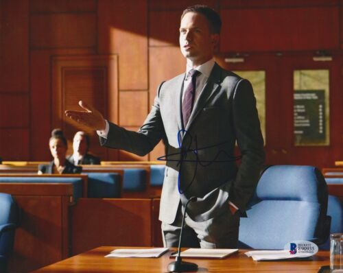 PATRICK J ADAMS SIGNED 8X10 PHOTO SUITS BECKETT BAS AUTOGRAPH AUTO COA F