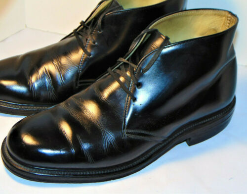 VINTAGE 1970s BLACK POSTMAN CHUKKA BOOTS! LEATHER SOLE/RUBBER HEEL/LINED 8.5 D