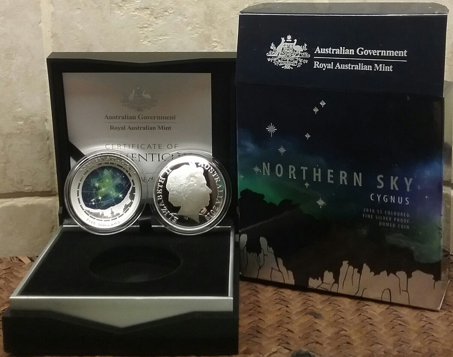 Northern sky cygnus 2016 1oz pure silver proof curved coin, mint sold 5000 out.