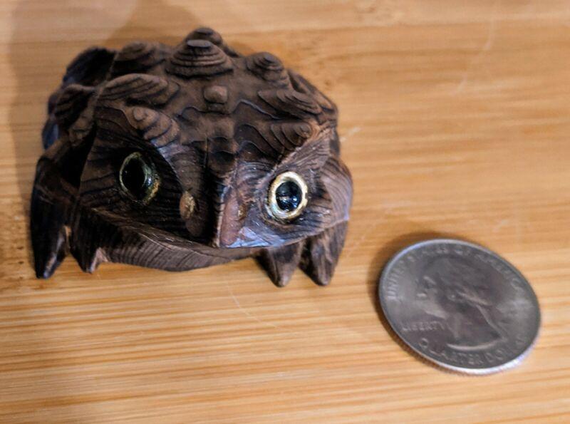 Vintage Mid Century Modern Japanese Cryptomeria Wood Hand-Carved Toad LNC JO