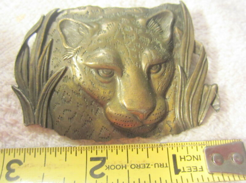 Jonette Jewelry Cheetah Brooch Pin Matte Brass Jaguar Panther JJ Vintage 1986