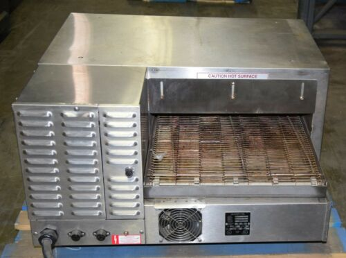 Blodgett Counter Top Conveyor Oven MT1820E/AA Electric 220V 1 Phase 3 Units