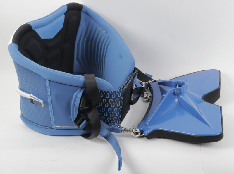 """Seamount Stand Up Fishing Harness Size - Large 36-38"""" Store Display"""