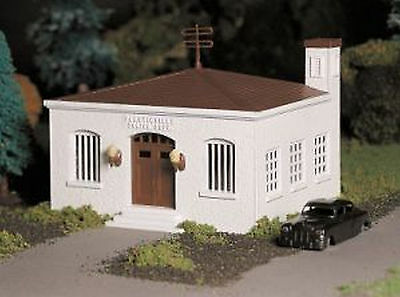 BACHMANN PLASTICVILLE O GAUGE POLICE STATION KIT train building structure 45609