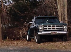 Looking for a truck box for a 77 GMC