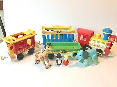 Vintage Fisher Price 1970's Circus Train 991, with 2 people, 2 animals