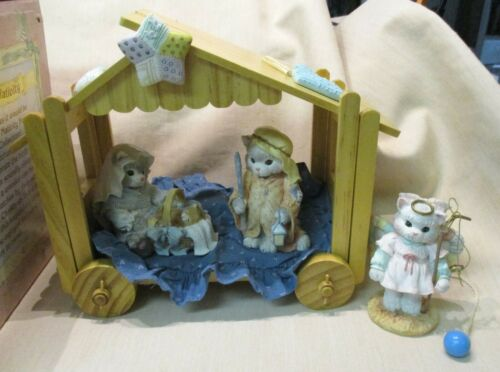 Enesco Calico Kittens Nativity Set #628492, 3 Figurines + Stable, 1993, MIB