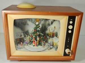 Roman Inc Retro TV Lighted Musical Animated Music Box Christmas Winter Village