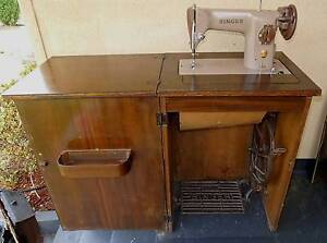 Foot Treadle Peddle Singer Sewing Machine 201P in Cabinet South Windsor Hawkesbury Area Preview