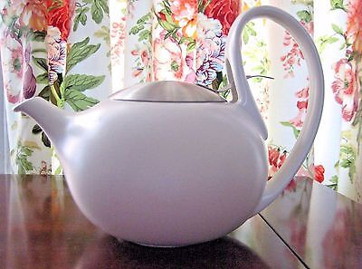 BREDEMEIJER WHITE PORCELAIN TEAPOT MADE IN HOLLAND - MID CENTURY MODERN STYLE