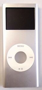 Apple iPod Nano 2nd Generation A1199 (Silver) 4GB