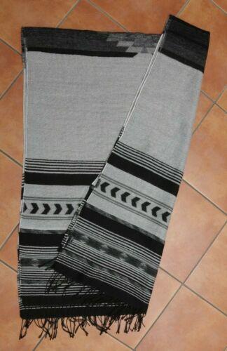 H&M Divided Ethno Azteken Schal grau XXL Poncho Blogger