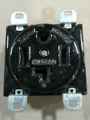 Hubbell 9432 125250v 30a Outlet Socket Ceramic P-2158 014a19