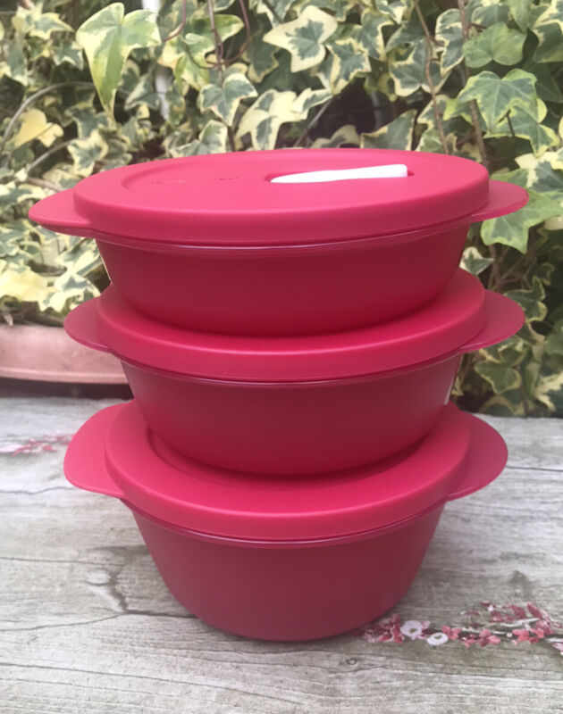 Tupperware Crystalwave 3 Pieces Set round microwave  3 1/2 , 2 1/2, 1 3/4  Cups
