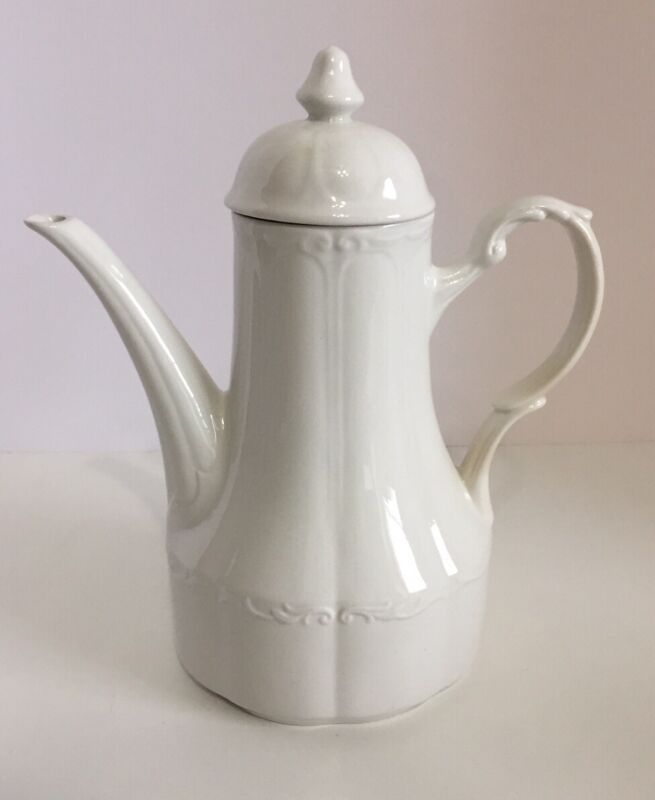 WHITE Sterling Colonial English Ironstone J&G Meakin Teapot / Coffee Carafe EUC