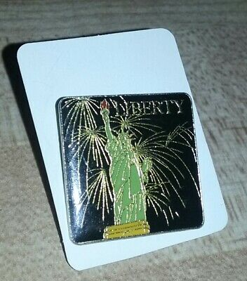 STATUE OF LIBERTY Lapel/Hat Pin New York City Fireworks Freedom Ellis Island USA