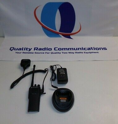 Motorola Radius Cp200 146-174 Mhz Vhf 16 Ch Two Way Radio Aah50kdc9aa2an