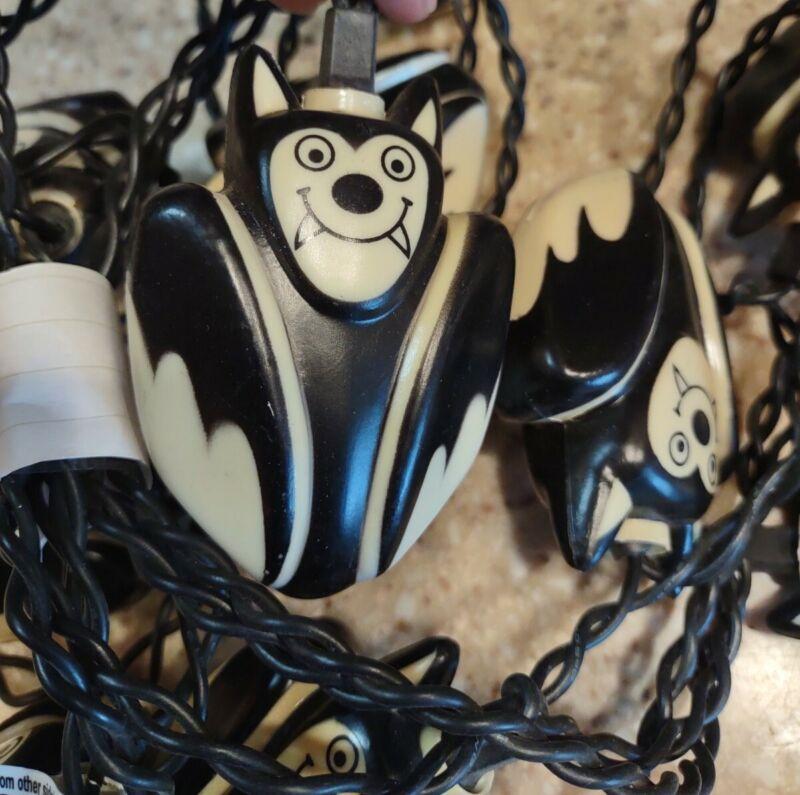 10 Vtg HALLOWEEN Blow Mold Plastic Light String VAMPIRE BATS Decoration