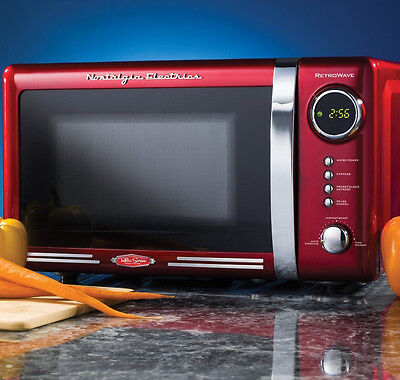 Nostalgia Electrics Retro Series 0.7-Cubic Foot Microwave Oven, Red RMO770RED