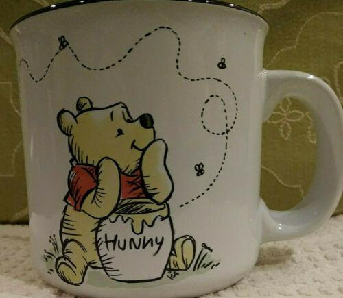 DISNEY WINNIE THE POOH 20 oz Cup Mug Collectible BEES & HONEY Pot NEW