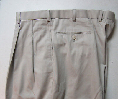 150 New Jos A Bank Tropical Solid Stone Pleated Pants 43 W Regular Fit