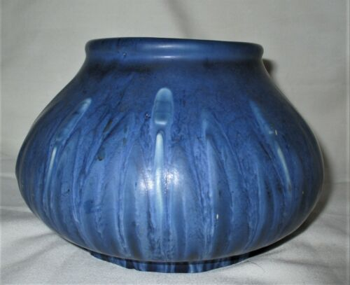 ANTIQUE ARTS CRAFTS SEA BLUE HAMPSHIRE AMERICAN ART POTTERY FLOWER # 112 VASE US
